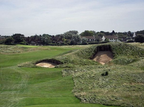 Royal St George rough