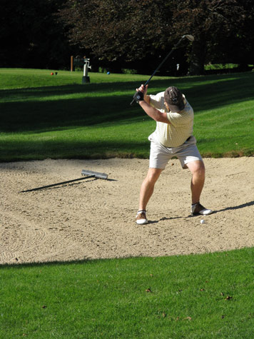 Bunker-shot-in Lausanne Golf club Switzerland